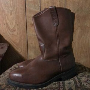 NWOT- RED WING PECOS Steel toed Mens boots